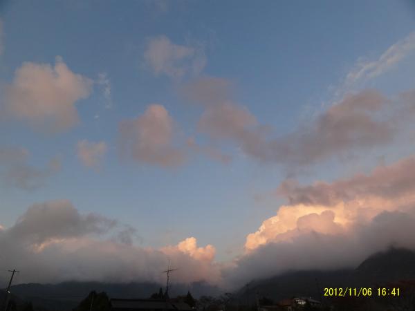 今日は夕陽がきれい!!